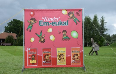 Press Wall Kinder 2x2m