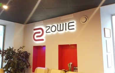 LED logo Zovie (1)