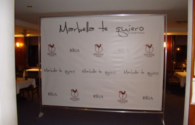 Marbell te quiero_Hotel De Rome_Press Wall 3x2.4m_1