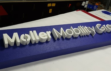Moller Mob Group logo putik 100mm (1)